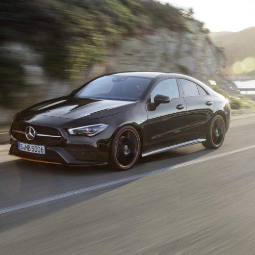 Nên mua xe Mercedes nhập khẩu mới hay cũ.